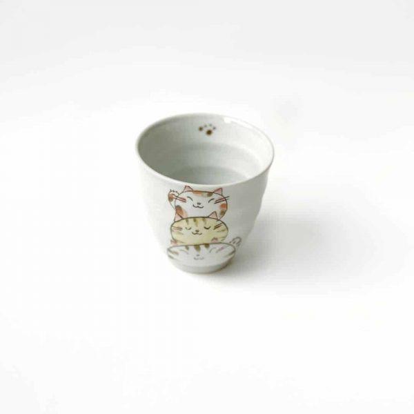 tazza in porcellana contre gatti