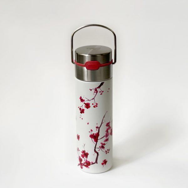 Thermos per il tè decorato con fiori di ciliegio