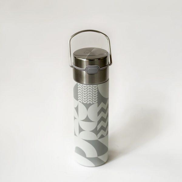 Thermos per il tè decorato con motivo geometrico